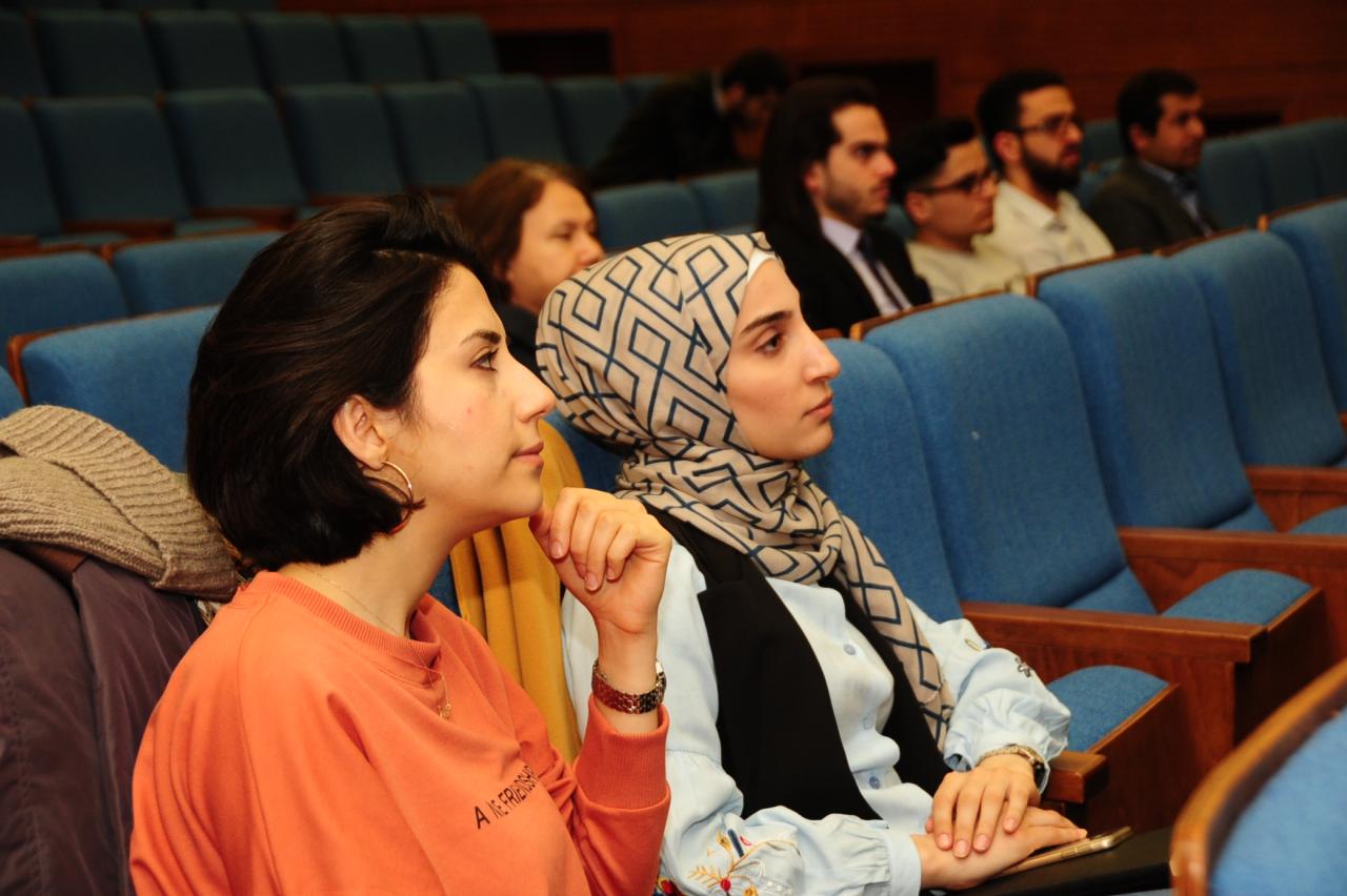 Üniversitemizde Göçmen Çocuklar Çalıştayı Başladı