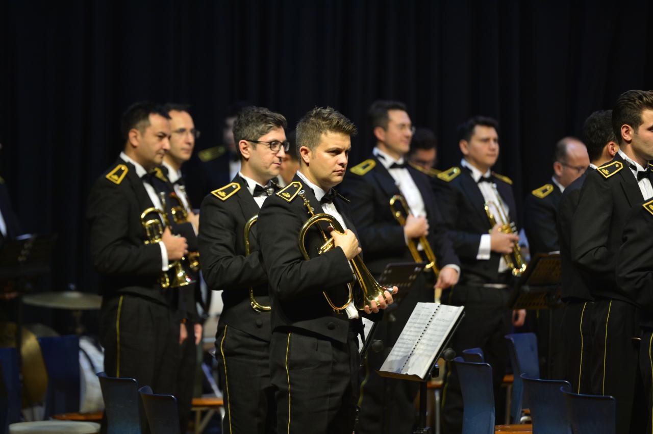 TSK Armoni Mızıkası Üniversitemizde Dinleyicilerle Buluştu