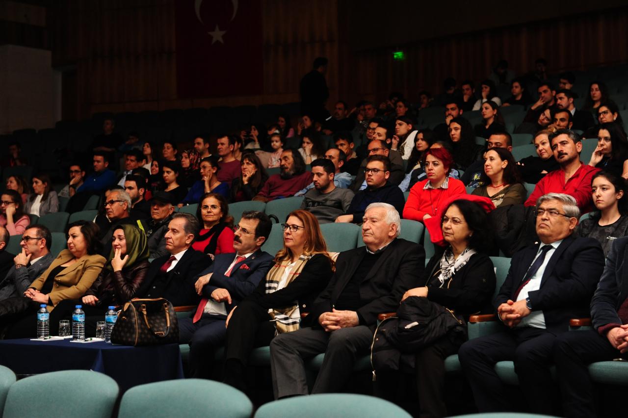 Aşık Veysel Ebediyete İntikalinin 46. Yılında Türkülerle Anıldı