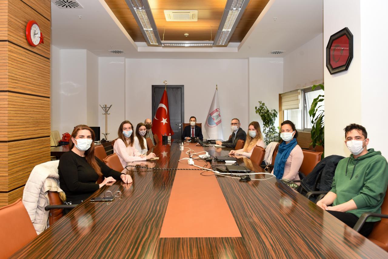 Uluslararası Değişim Öğrencileri Rektörümüzü Ziyaret Etti