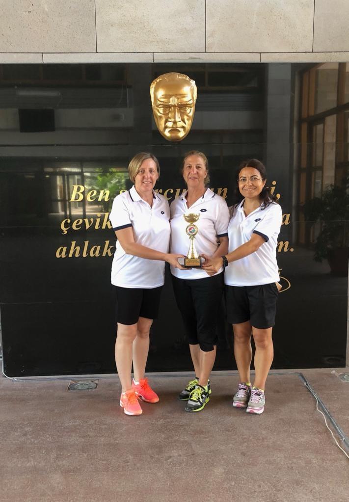 Öğretim Elemanlarımız Bulgaristan'dan Madalyalarla Döndü