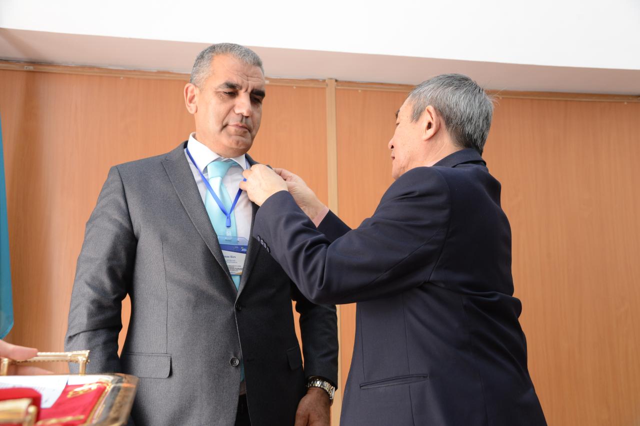 Devlet Nişanı alan Doç. Dr. Koç'tan Rektörümüze Ziyaret