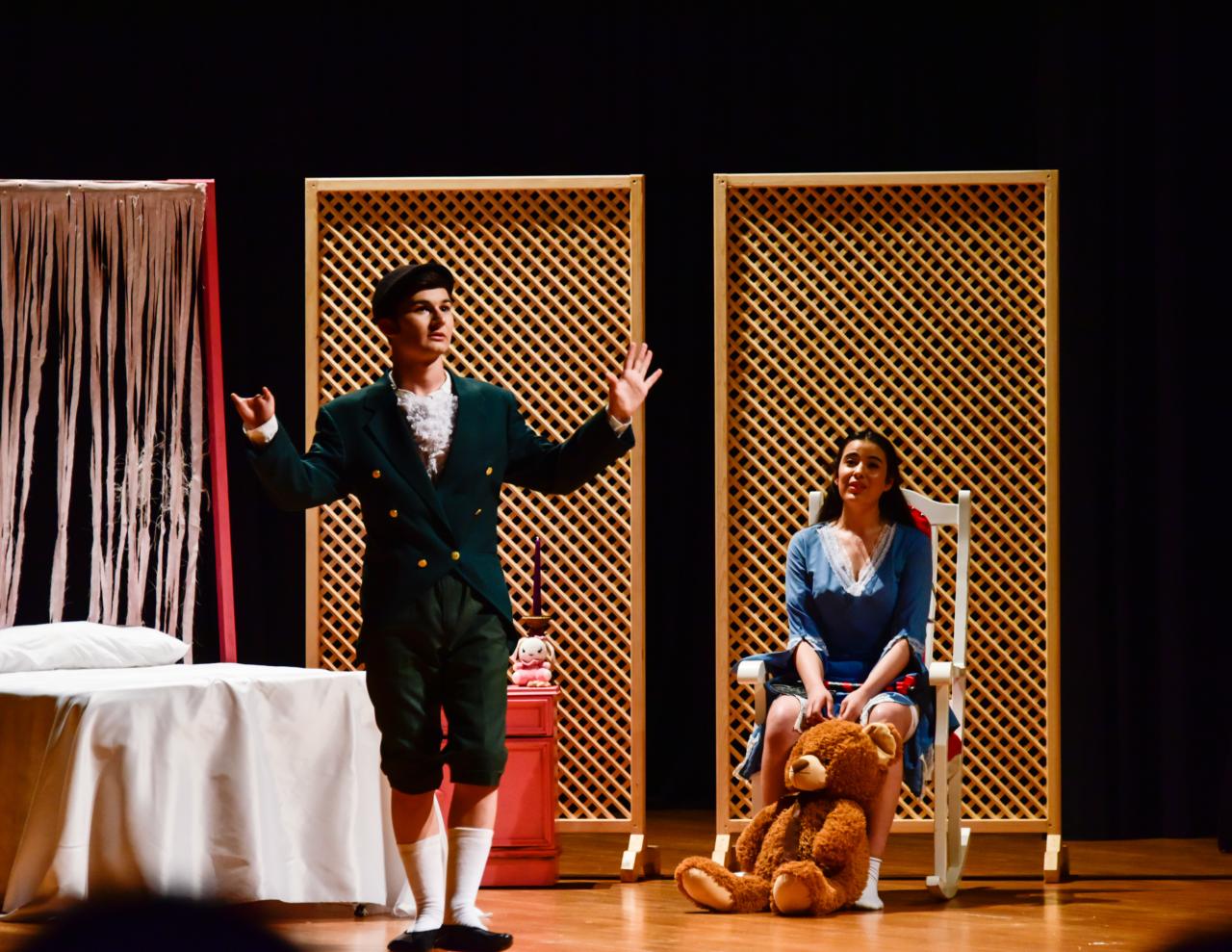 Etkileşim Tiyatro Topluluğu'ndan Muhteşem Performans