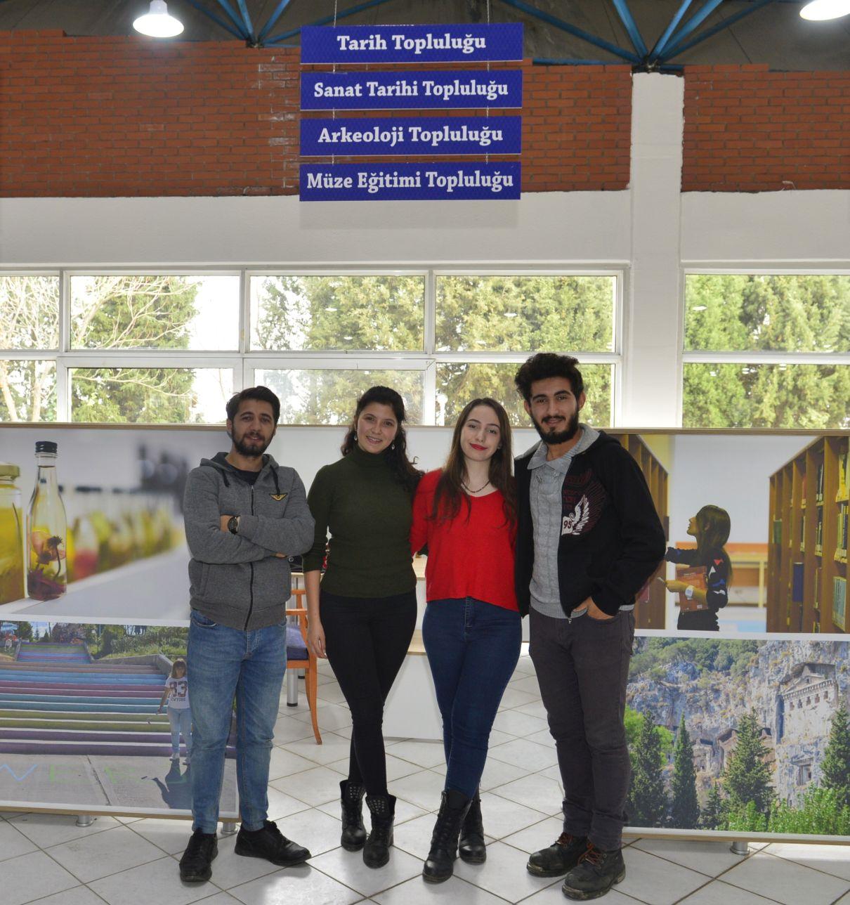 Mavi Çatı Öğrenci Toplulukları Merkezi Muhteşem Etkinliklerle Açıldı