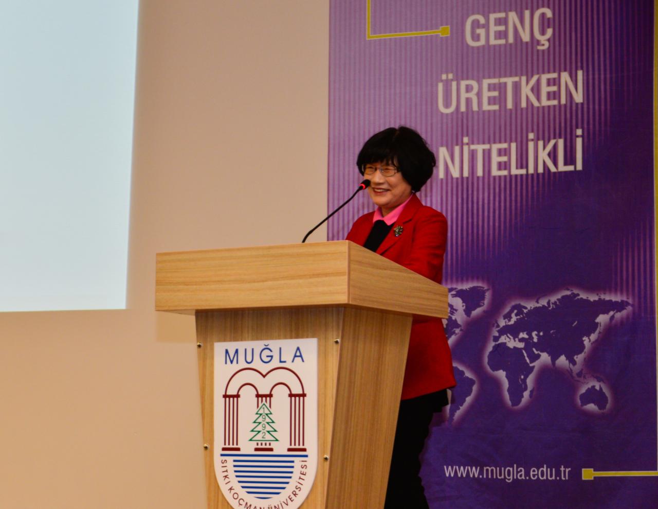 """Prof. Dr. Chung'dan """"Adli Toksikoloji Konferansı"""""""