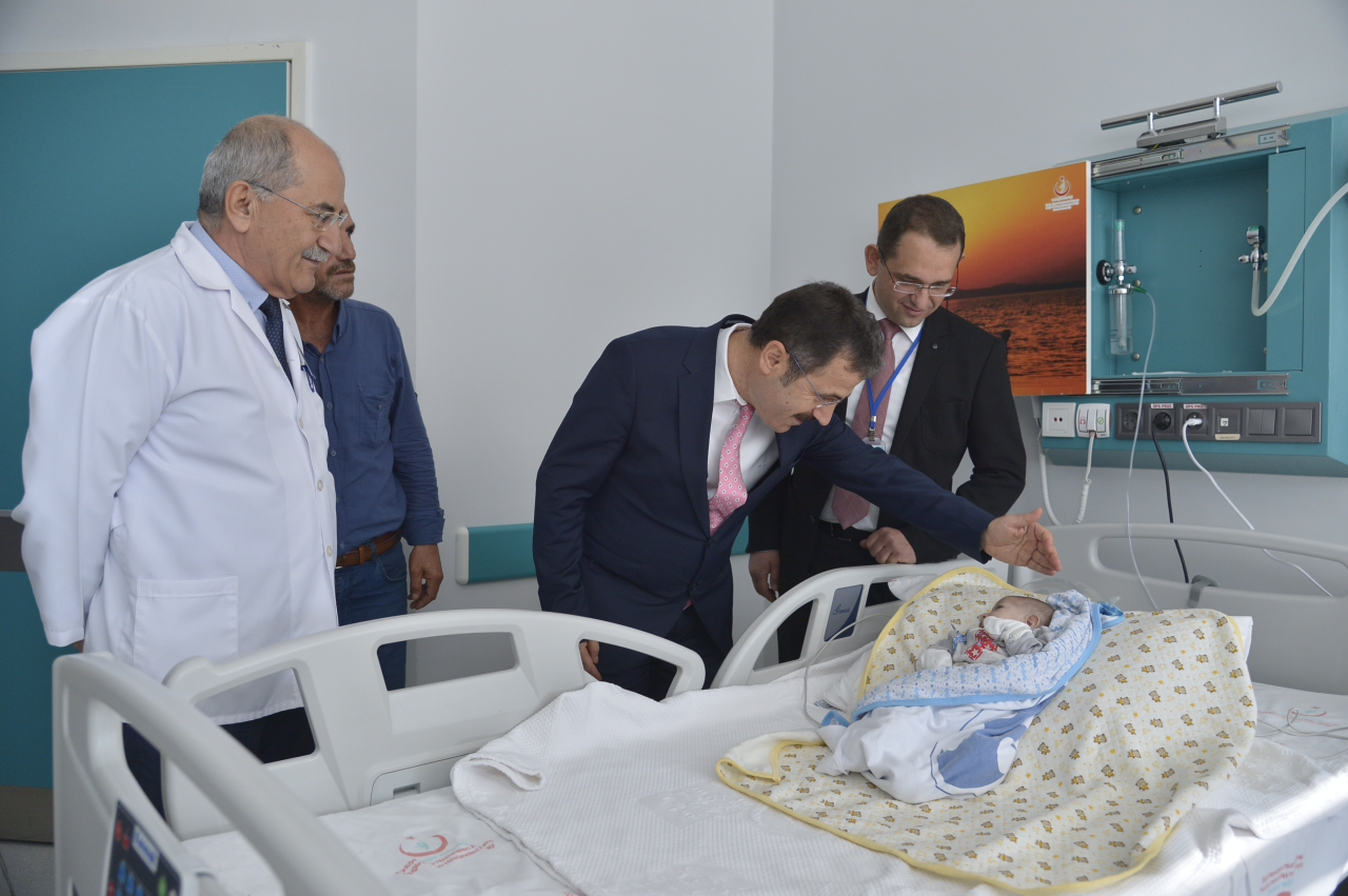3-month-old baby regained health after the operation at Muğla Sıtkı Koçman University Training and Research Hospital