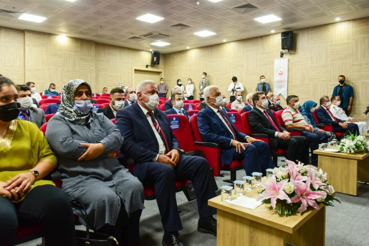 Şehit Yakınları ve Gazilere Devlet Övünç Madalyası Verildi
