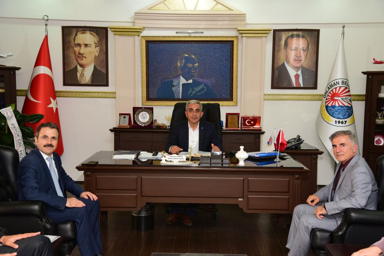 Üniversitemiz Rektörü Ortaca ve Dalaman Belediye Başkanları ile Temaslarda Bulundu