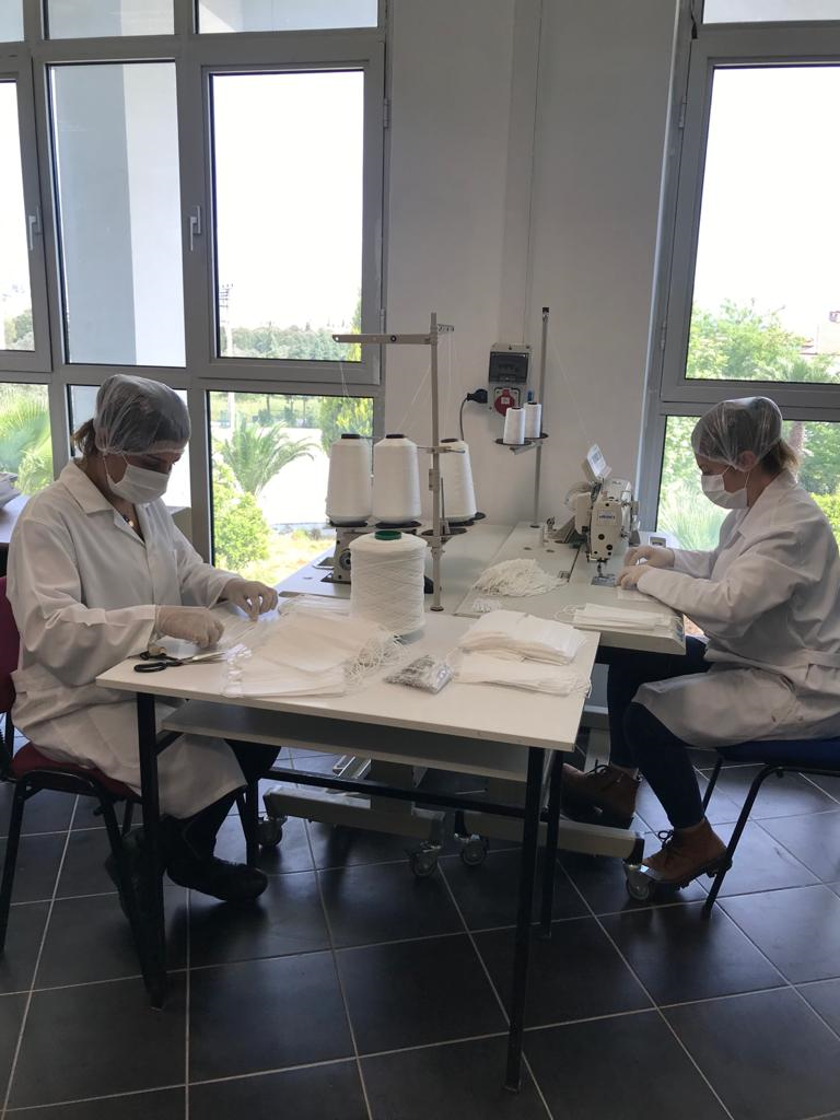 Üniversitemiz Personelimizin İhtiyaçlarını Karşılamak İçin Maske Üretimine Başladı