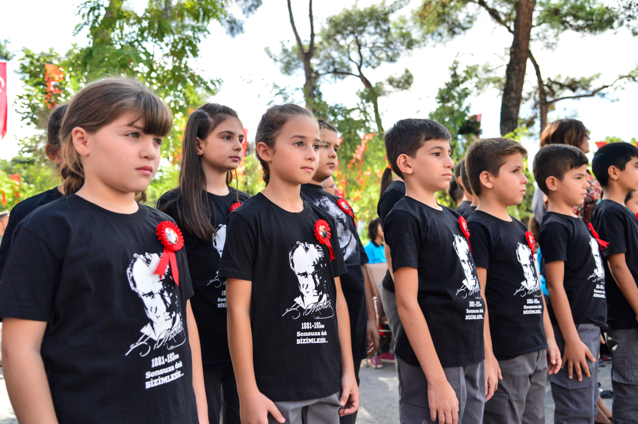 Muğla'da 153 bin Öğrenci İçin Ders Zili Çaldı