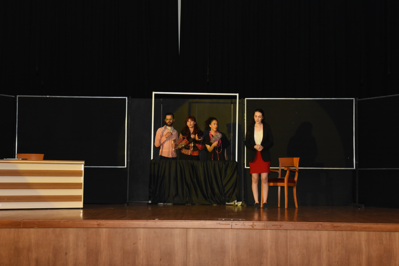 Sahne Sanatları Bölümü Öğrencilerimiz Seyirciyle Buluştu
