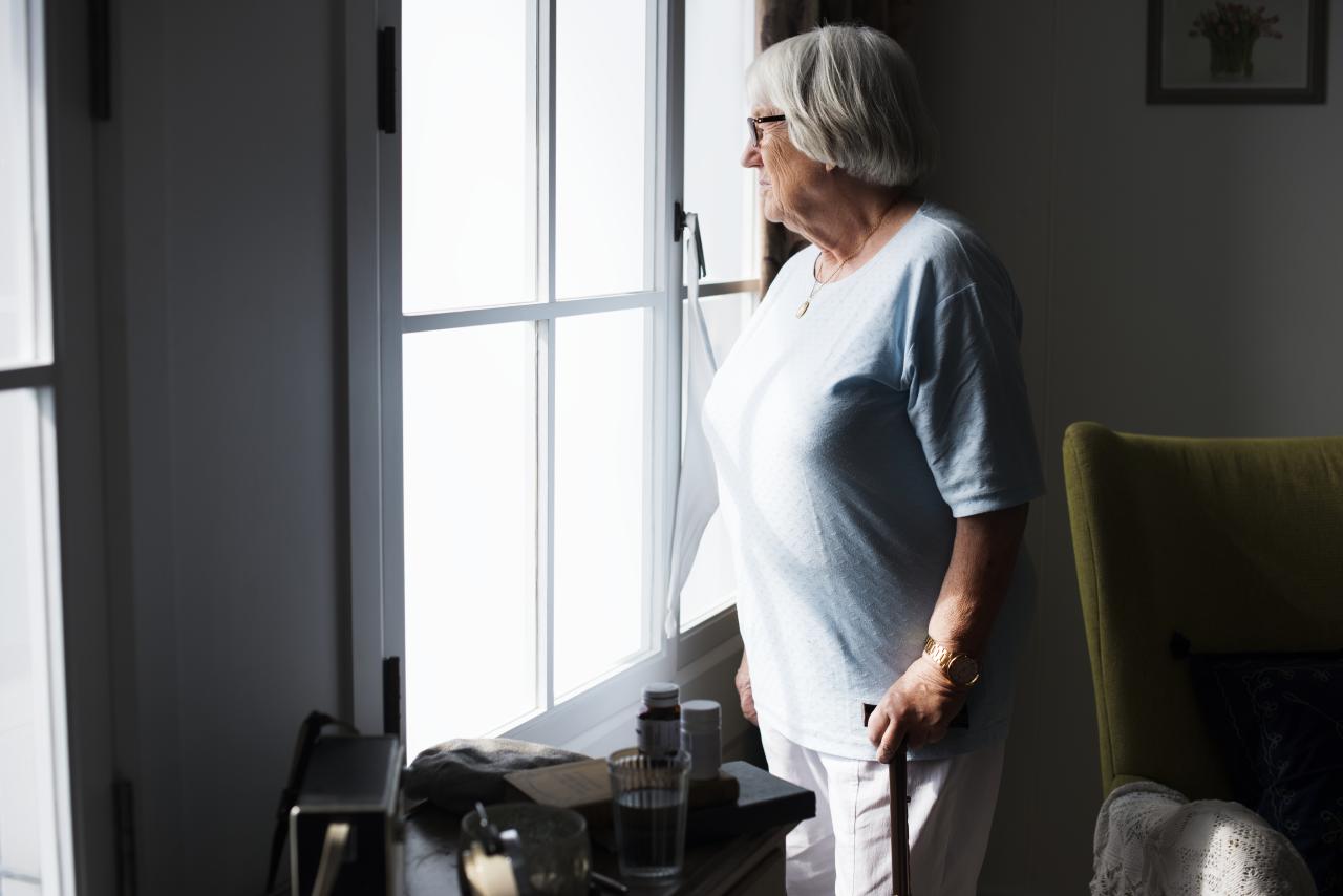 Yaşlılıkta Baş Etme Stratejileri: Covid-19 Sürecinde Yalnız Kadınlık Deneyimleri