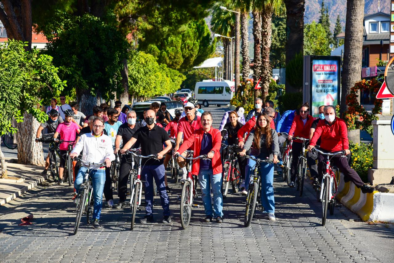 """Köyceğiz'de Pedallar """"Doğa ve Sağlık"""" İçin Çevrildi"""