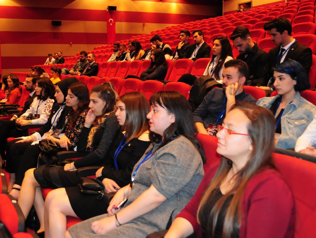 Muğla'da 1. Kariyer ve Girişimcilik Zirvesi Düzenlendi