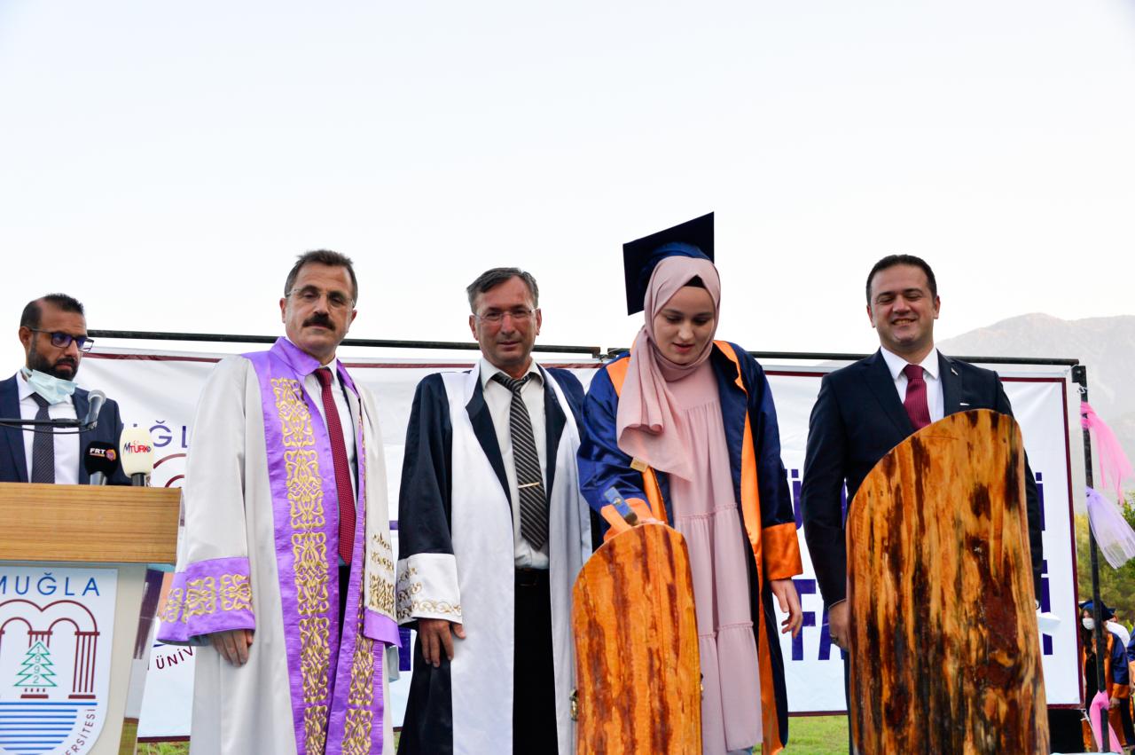 Fethiye'de Mezuniyet Töreni Düzenlendi