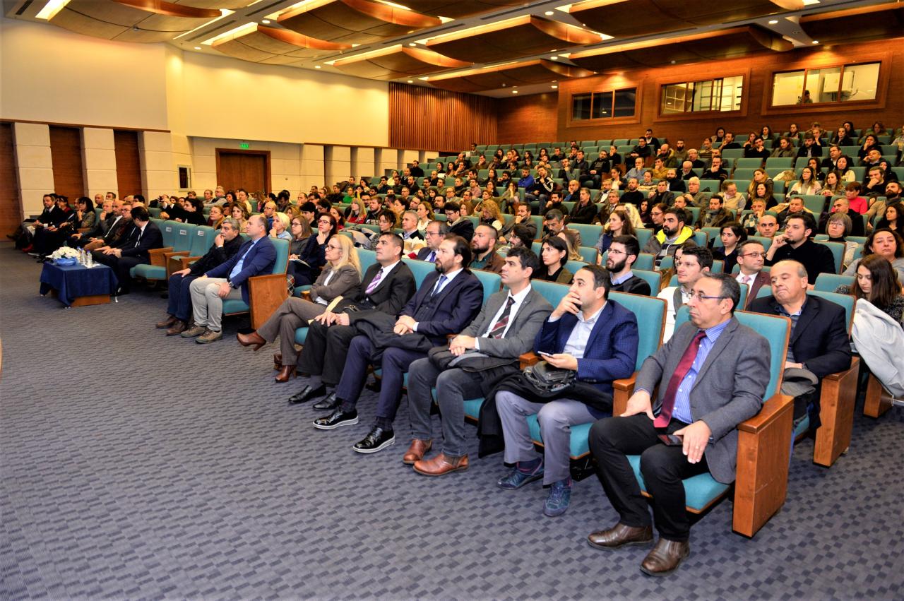 """Üniversitemizde """"TÜBİTAK ARDEB ve BİDEB Program Güncellemeleri"""" Konferansı"""