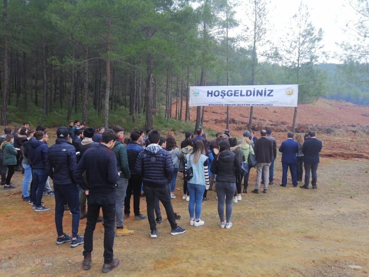 Üniversitemiz Rektörü Köyceğiz'de Ağaçlandırma Etkinliğine Katıldı