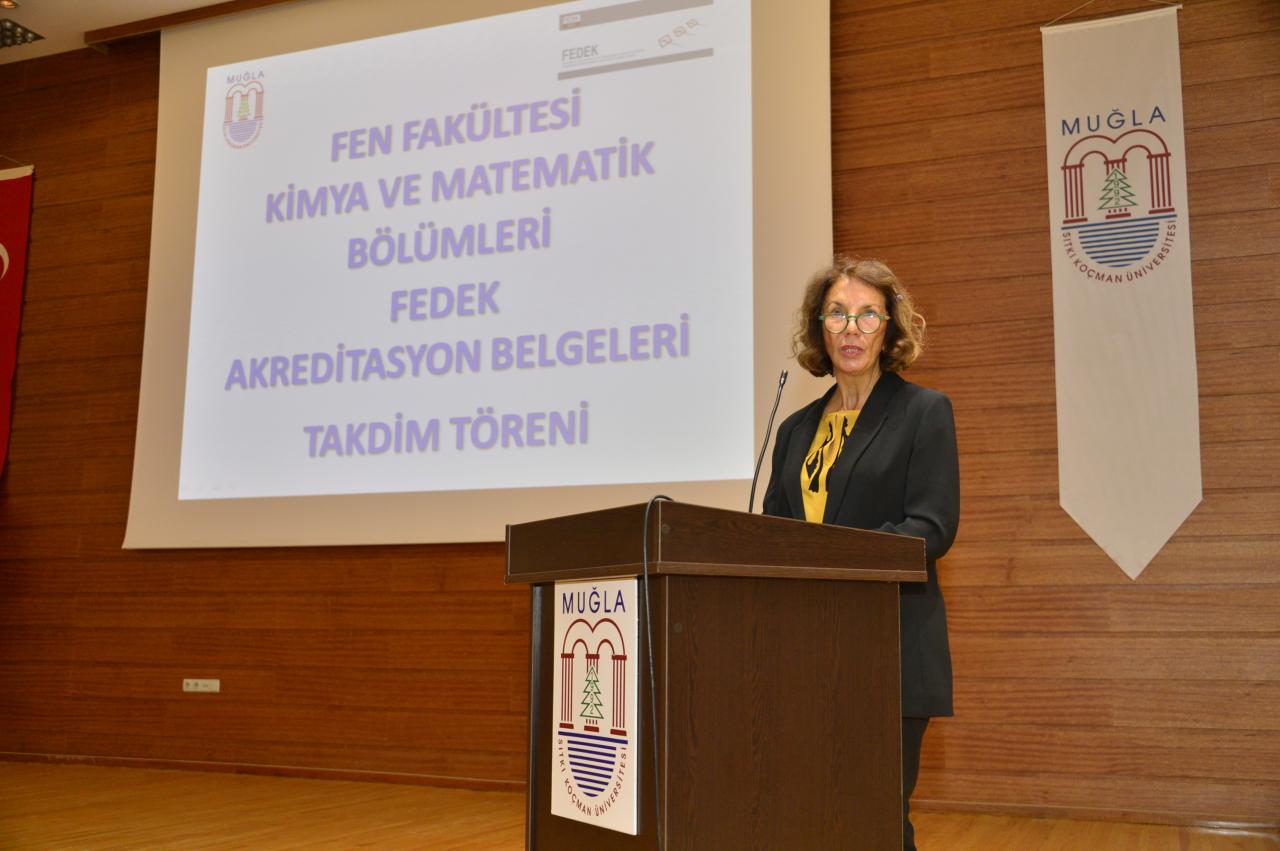FEDEK'ten Kimya ve Matematik Bölümlerine Akreditasyon Belgesi